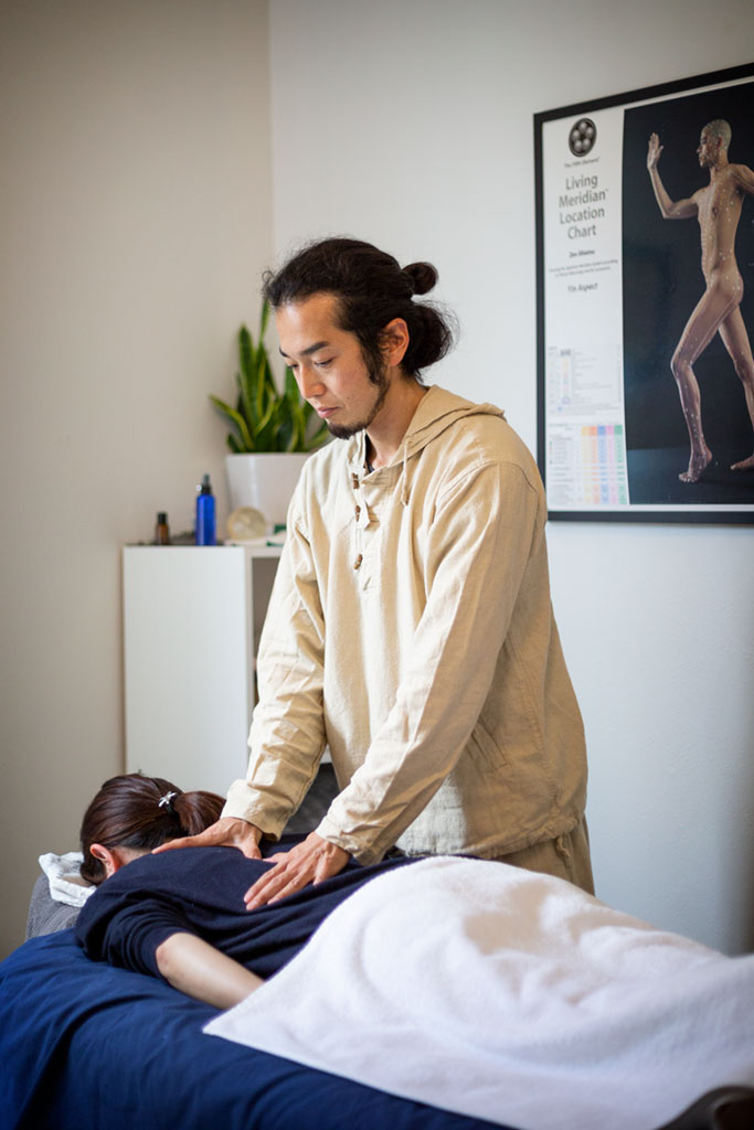 Because Shiatsu works on relaxing the body at a deep level contacting the more subtle aspects of one's energetic makeup, it can also help in the treatment of anxiety, tension, depression, and emotional instability.